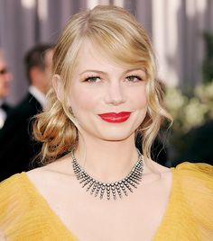 The 22 Most Iconic Red Carpet Beauty Looks of All Time via @ByrdieBeauty