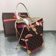 c37e331de3c Women s top bought bags. Women s best selling bags top bags men s supreme  authentic Louis Vuitton x supreme Gucci supreme Gucci new ch…