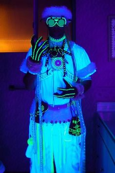 The first iteration of my techno shaman costume back in early 2011. Made this for the White Part at Opulent Temple for Burning Man  Follow me on Instagram:  @progenitor_tech  Etsy store: ProgenitorTech   Email: Progenitortech@gmail.com  #burningman #technoshaman #lights #shaman #led #cyber #cybertech #scifi #cosyume #cosplay #staff #orb #whitecostume #blacklight