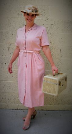 VTG 1940s Pretty in Pink Shirtwaist Belted Irish Linen House Day Dress by TailorTown