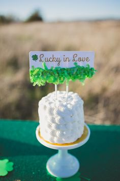 Saint Patrick's day cake topper + cake at Saint Patrick's themed engagement #wedding