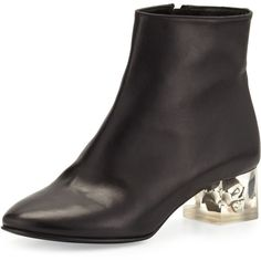 Alexander McQueen Leather Skull-Heel Ankle Boot (€1.185) ❤ liked on Polyvore featuring shoes, boots, ankle booties, black, ankle boots, leather ankle booties, black ankle booties, black leather boots and short black boots