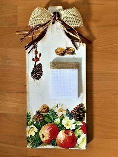 23 Clever DIY Christmas Decoration Ideas By Crafty Panda Decoupage Art, Decoupage Vintage, Diy Crafts To Sell, Handmade Crafts, Christmas Decorations To Make, Christmas Crafts, Diy Y Manualidades, Picture Frame Decor, Magazine Crafts