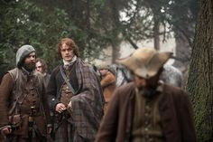 NEW pic of @SamHeughan and #DuncanLaCroix in #Outlander via http://farfarawaysite.net