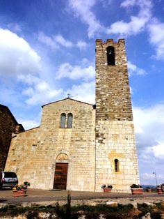 Spring Sky upon the Church of San Donato in Poggio - Photo by Bianca Corti