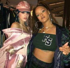Image discovered by ροby φεnτy. Find images and videos about rihanna on We Heart It - the app to get lost in what you love. Rihanna Nicki Minaj, Rihanna Baby, Rihanna Fenty, 00s Fashion, Fashion Show, Rihanna Images, Rihanna Outfits, Bad Gal, Celebs