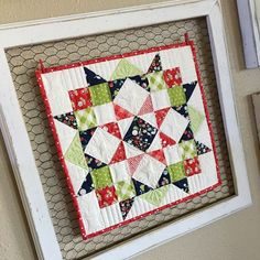 Have you ever tried to make a mini quilt? I have to say I've been quilting for a few years and I have never made a mini quilt. What is wrong with me? They are so cute, take w-aaay less time, are perfe