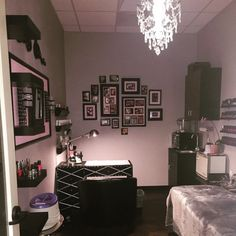 Small Nail Salon Design Ideas   Iskanje Google. A Collage Of Framed Nail  Art Inspiration Is Perfect To Add Above Your Table.