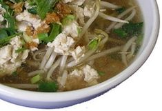 Low FODMAP Thai Noodle Soup- nick we should try this when we are visiting