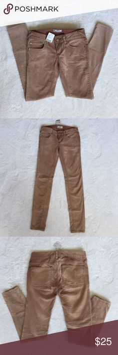 FREE PEOPLE corduroy skinny jeans Brand New, with tag FREE PEOPLE corduroy skinny jeans. Faded Burgundy color. Super cute fit. SIZE 24 Free People Jeans Skinny