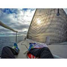 Después de un buen día viene su merecido descanso  #instachile #instalike #Gopro #instavalpo #instaviña #algarrobo #likesforlikes #photography #photooftheday #bestpftheday #sailing #sailboat by cristiiann11