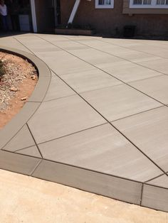 Driveway design Stamped concrete patio landscaping driveways 18 Ideas for 2019 Taking Care of Your A Stamped Concrete Patterns, Stamped Concrete Driveway, Pattern Concrete, Concrete Backyard, Concrete Patio Designs, Cement Patio, Concrete Driveways, Backyard Patio Designs, Backyard Landscaping