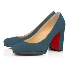 Christian Louboutin OFF!>> Womens New Arrivals - Designer Shoes Handbags - Christian Louboutin Online Boutique Casual Work Outfits, Curvy Outfits, Louboutin Online, Louboutin Shoes, Pump Shoes, Pumps, Heels Outfits, Fashion Outfits, Christian Louboutin Outlet