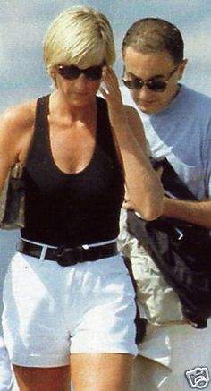 www.photopix.co.nz  Diana with Dodi shortly before they both died in a car crash.  August 1997
