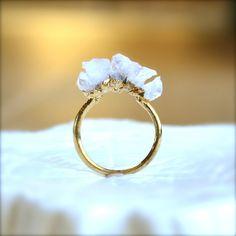 Pink Quartz Spike Gold Ring di illuminancejewelry su Etsy, $38.00