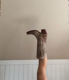 Pretty Shoes, Cute Shoes, Me Too Shoes, Mode Country, Prada, Shoe Boots, Shoes Heels, Pumped Up Kicks, Cowgirl Boots