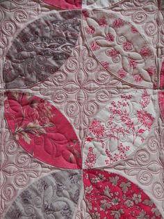 """Pumpkin Seed"" quilt, close up of quilting, at Who Does These Things. Quilted by Pam. French General Rouenneries fabric"