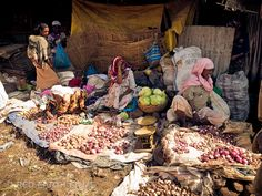 Market in Bahir Dar, Ethiopia Photo by Mike Crowhurst
