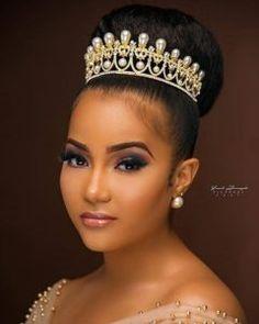 Bridal Hairstyles for Black Women. Black Brides Hairstyles, Wedding Hairstyles With Crown, Hairdo Wedding, Bride Hairstyles, Bridal Bun, Bridal Hair Updo, Bridal Hairpiece, Natural Bridal Hair, Bridal Makeup Looks