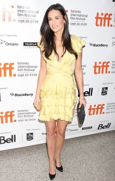 Demi Moore Cocktail Dress - Demi Moore is a ray of sunshine in a yellow ruffled frock at 'The Joneses' premiere. Demi Moore, Toronto Film Festival, Long Dark Hair, Diane Lane, Celebrity Babies, International Film Festival, Sexy Curves, Wow Products, Beautiful Celebrities