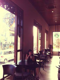 Relaxing at Starbucks Ubud, Bali