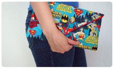 DIY: Comic book clutch