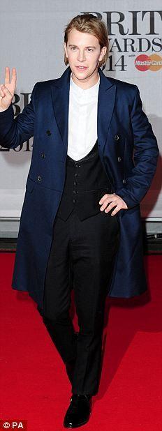 Singer/songwriter Tom Odell at the 2014 Brit Awards.