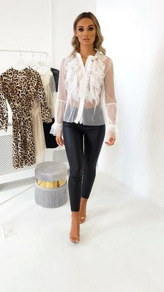Hannah Mesh Ruffle Top - Adore the see through look and thr leggings Source by fastbyte - Europe Outfits, Mode Outfits, Sexy Outfits, Fashion Outfits, Womens Fashion, Fashion Top, Casual Tops For Women, Blouses For Women, Pants For Women