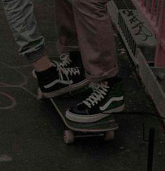 Find images and videos about grunge, couple and aesthetic on We Heart It - the app to get lost in what you love.