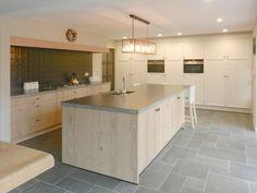 Kitchen Dinning Room, Wooden Kitchen, New Kitchen, Kitchen Decor, Kitchen Hoods, Decoration Inspiration, Herd, Love Home, Küchen Design