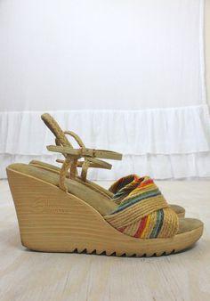 27861ffd5993 Vintage 70 s Woven Rainbow Straw Wedge Sandals 7.5 8