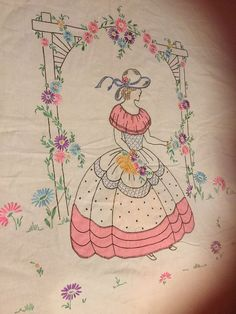 Vintage Embroidered Sun bonnet Girl Bedspread And Matching Scarf Vintage Embroidery, Embroidery Patterns, Girls Bedspreads, Sunbonnet Sue, Southern Belle, Diy And Crafts, Women's Fashion, Sewing, Antiques
