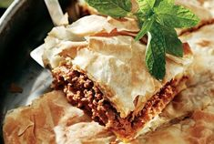 Η Αργυρώ Μαγειρεύει Archives - Fay's book Savory Muffins, Happy Foods, Spanakopita, International Recipes, Pie Recipes, Lasagna, Yummy Food, Ethnic Recipes, Desserts