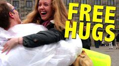 Kram og bobleplast kombineret! Det kan da ikke blive andet end SKØØØØØØØNT <3 Free Hugs in Amsterdam