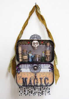 I like that it hangs open on the wall. Mint Tins, Altered Tins, Altered Art, Altoids Tins, Tin Boxes, Wiccan Alter, Halloween Crafts, Assemblages, Shadow Box