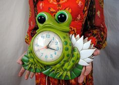 Vintage 1970s Kitschy Frog Wall Clock