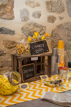 // Birthday in yellow and gray // Candy bar // Lovely Memories Photography // - New Sites 10 Year Anniversary, Wedding Anniversary, Deco Baby Shower, Yellow Candy, Birthday Chocolates, Memories Photography, Birthday Parties, Birthday Candy, Birthday Table