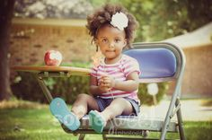 Precious!  Kids Photography. TaKiyah Wallace, Some Sweet Photography, Dallas, TX - http://www.somesweetphoto.com