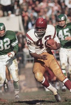 View and license Charley Taylor Redskins Nfl pictures & news photos from Getty Images. But Football, Nfl Football Players, Football Photos, Sport Football, School Football, Sports Photos, Sports Images, School Sports, Redskins Football