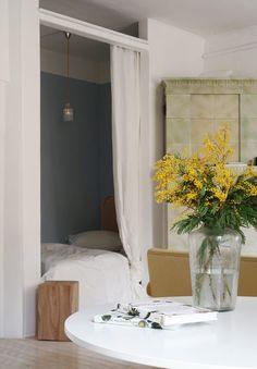 Matrin Hilja-sänky & Lempi-sängynpääty Oversized Mirror, Inspiration, Furniture, Home Decor, Biblical Inspiration, Decoration Home, Room Decor, Home Furnishings, Home Interior Design