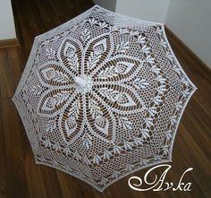 Ideas for crochet umbrellas - Crochet yarn Crochet Fabric, Crochet Doily Patterns, Crochet Art, Crochet Motif, Irish Crochet, Crochet Stitches, Lace Umbrella, Lace Parasol, Umbrellas Parasols