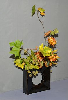 Dynamic Ikebana Flower Show October 2013