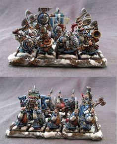 Dwarf Warriors - Baggage Train