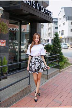 Rose Life Skirt    Korean Fashion