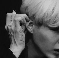 bts black and white bts b&w b&w edit b&w aesthetic bts icons black and white icons Jimin, Min Yoongi Bts, Min Suga, Suga Gif, Daegu, Foto Bts, Bts Photo, Yoonmin, Mixtape
