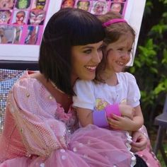 aww cutie! <3 Katy Perry Birthday, Lily Pulitzer, Tulle, Singer, Actresses, Couple Photos, Couples, Fashion, Female Actresses