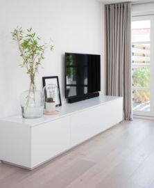 Tv dressoir Toon By House collectie Living Room Partition Design, Room Partition Designs, Living Room Tv Unit Designs, Desk In Living Room, Interior Design Living Room, Home And Living, Living Room Decor, Muebles Living, Beautiful Living Rooms