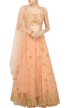 Astha Narang presents Coral embellished lehenga set Latest Bridal Dresses, Trendy Dresses, Simple Dresses, Pakistani Dresses Party, Party Wear Lehenga, Lehenga Gown, Net Lehenga, Indian Designer Outfits, Indian Outfits