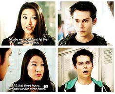 The way Stiles looks at Kira :)