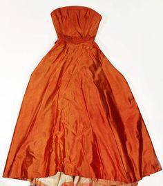 Evening Dress. fall/winter 1949–50. House of Dior. Christian Dior.